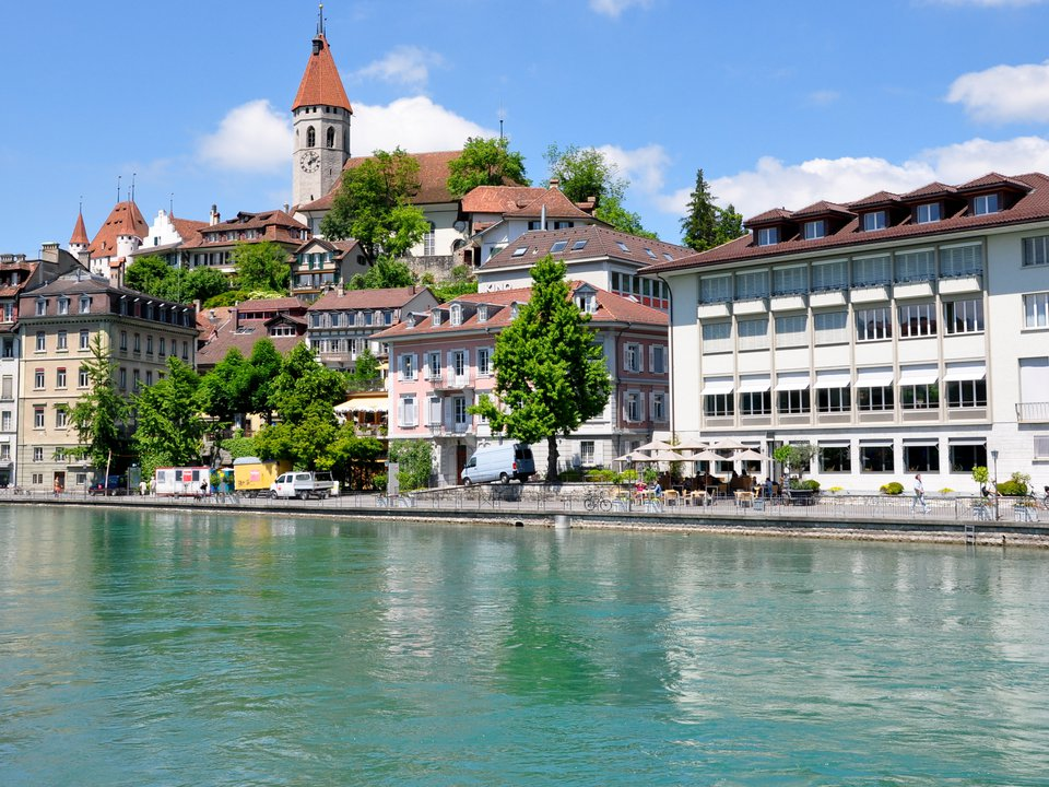 Switzerland hotel search on booking