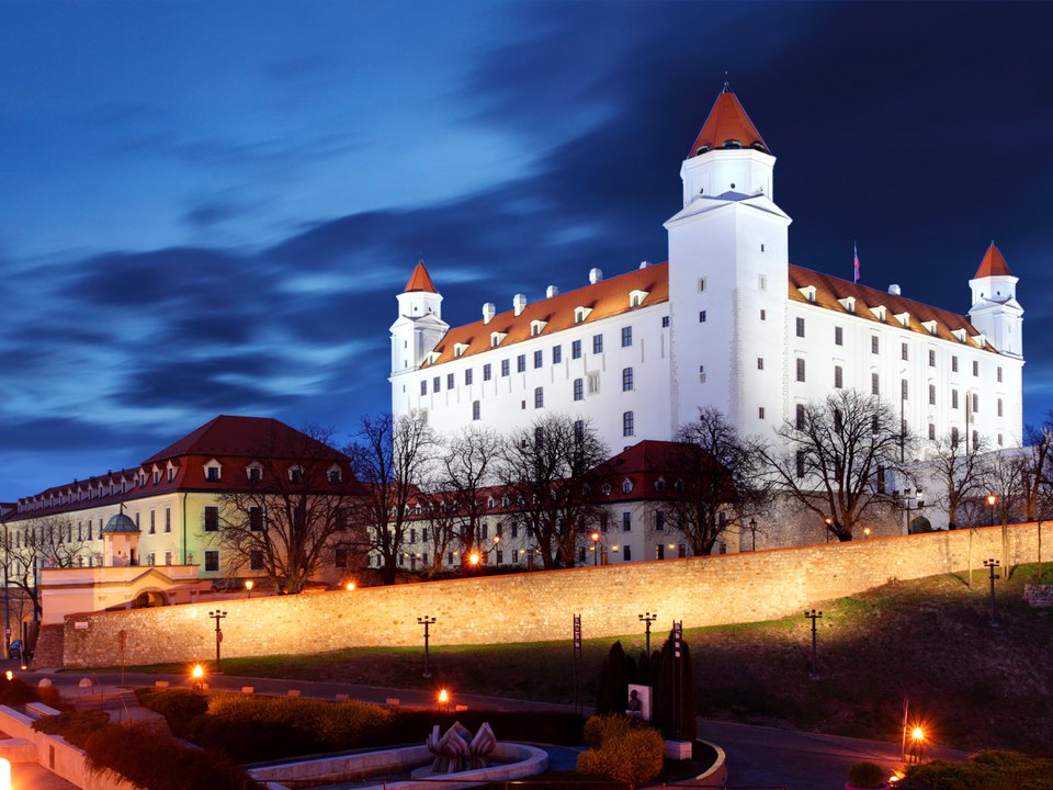 Slovakia hotel search on booking