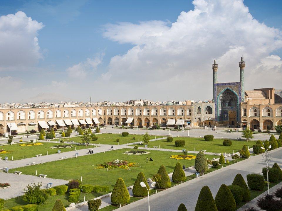Иран поиск отеля на сайте