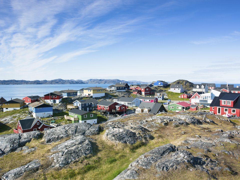 Greenland hotel search on booking