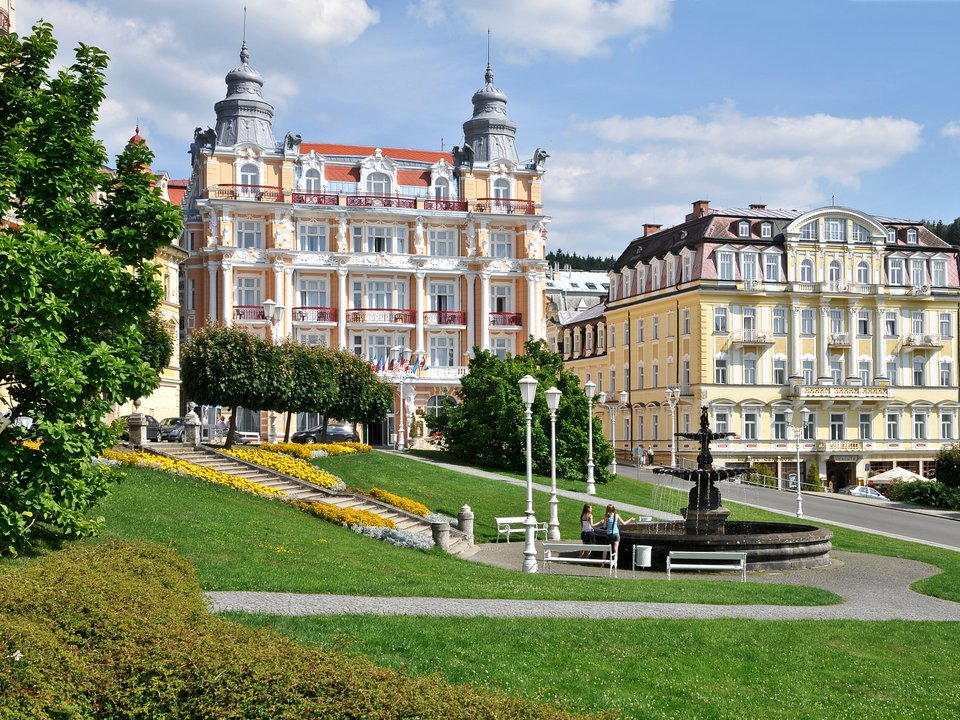 Czech Republic hotel search on site